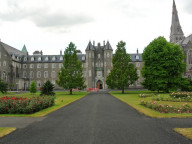 здание Maynooth University