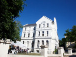 Здание школы Embassy English Hastings