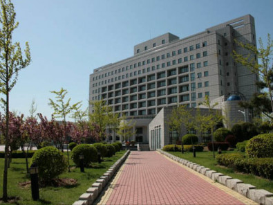 Здание INTO Dongbei University of Finance and Economics