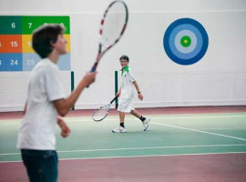 English plus Tennis