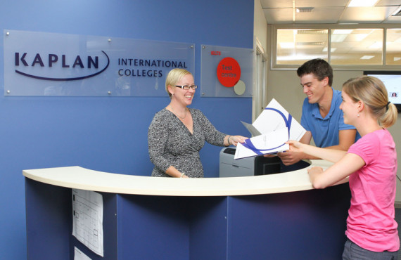 Ресепшен в Kaplan International College Cairns