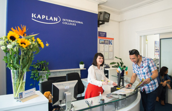Ресепшен в Kaplan International College Dublin