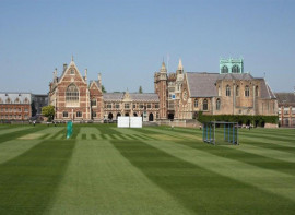 Здание Clifton College
