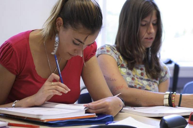 german coursework school Start your german course in germany @ gls in berlin on any monday: general german german courses run all year, on all levels.