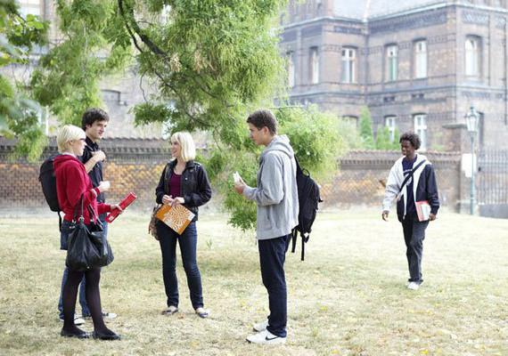 Учеба в чехии карлов университет языковые курсы в словакии для украинцев цена щит